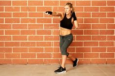 Sculpt sexy arms and shoulders with this boxing workout.
