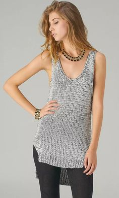 Tank tops are the latest trend in the fashion history. For decades the knitted tops have been a top Gilet Crochet, Knit Crochet, Summer Knitting, Crochet Summer, Knitted Tank Top, Crochet Fashion, Top Pattern, Look Fashion, Fashion Clothes
