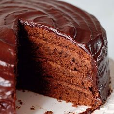 New Ideas For Baking Cakes Chocolate Mary Berry Mary Berry Chocolate Cake, No Bake Chocolate Cake, Berry Cake, Chocolate Recipes, Chocolate Icing, Mary Berry Ganache, Mary Berry Carrot Cake, Mary Berry Desserts, Ganache Icing