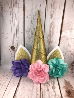 image 0 Diy Christmas Tree Topper, Diy Tree Topper, Christmas Trees For Kids, Pink Christmas Tree, Christmas Decorations For The Home, Xmas Ornaments, Xmas Tree, Christmas Crafts, Unicorn Ornaments