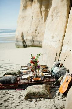 Would love to vacation with a couple where she and I could create a romantic picnic on the beach for our men.