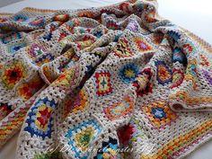 Granny Square Blanket Finish (6) by kruemelmonsterag on Flickr.