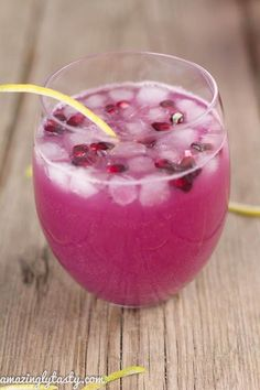 Ginger, Lemon and Pomegranate Detox Drink