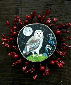 Barn Owl painted on natural wood slice perfect for decorating your home Wood Animal, Wood Logs, Treasure Boxes, Wood Slices, Wood Art, Natural Wood, Decorating Your Home, Owls, How To Make Money