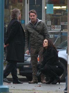 Robert, Lana, & Sean on set (November 4, 2015)