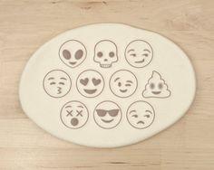 Emoji Cookie Cutter Love Iphone Whatsapp por RochaixCo
