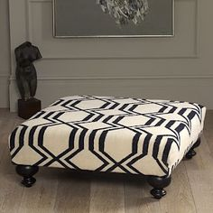 Tulip and Turnip: DIY: Upholstered Ottoman/Coffee design ideas interior decorating before and after Upholstered Ottoman Coffee Table, Diy Ottoman, Modern Ottoman, Square Ottoman, Ottoman Ideas, Large Ottoman, Kilim Ottoman, Fabric Ottoman, Do It Yourself Furniture