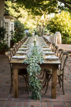 See all the photos from this elegant al fresco engagement dinner party at The Sweetest Occasion