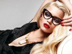 18 Makeup Tricks for Eyeglass Wearing Girls