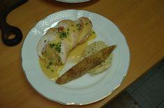 Pechuga de Pollo rellena + Arroz Pilaf y medialuna de papa