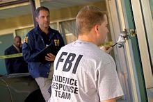 FBI Evidence Response Team - Federal Bureau of Investigation - Wikipedia Forensic Science, Medical Science, Law Enforcement Careers, Einstein, Computer Crime, Social Proof, Federal Bureau, Change Of Heart, Criminology