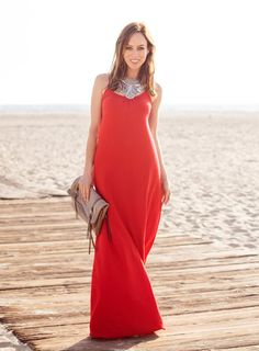32 Gorgeous Maxi Dresses Ideas For Fashionable Girls - Gravetics
