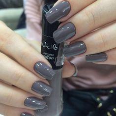 Para tudoooo !  Cor: Chiffon  Marca: #vult_cosmeticos  Lindas unhas da simpática Laís , feitas por mim .  #manicuro #manicureHomem #manicure #designerdeunhas #unhasluxo #unhas #unhasdasemana #unhaslindas #nails #coresdodia #cores #vult_cosmeticos #brasil #divo #falandodeunhas #colors #chiffon #cinza #vult #esmalte #like4like #iphone5s #iphonephotography #work #Patrickmanicuro #profissional #potinhodasesmaltações