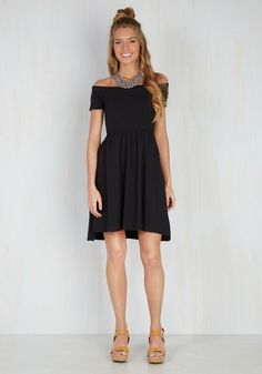East and Every Day Dress in Black. From lighthouse hopping in Maine to a cruise around the Florida Keys, this knit midi is the pinnacle of staple style, anywhere you go! #black #modcloth