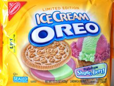 Funny pictures about Ice Cream Oreos. Oh, and cool pics about Ice Cream Oreos. Also, Ice Cream Oreos. Weird Oreo Flavors, Pop Tart Flavors, Cookie Flavors, Oreo Treats, Oreo Cookies, Oreos, Tortas Deli, Oreo Ice Cream, Junk Food Snacks