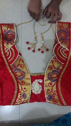 Saree Blouse Patterns, Designer Blouse Patterns, Dress Sewing Patterns, Sari Blouse, Choli Designs, Blouse Neck Designs, Blouse Styles, Blouse Desings, Blouse Models