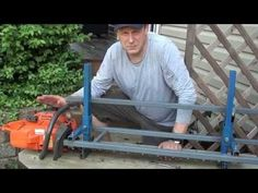How to use a Chainsaw Mill - YouTube Chainsaw Mill Plans, Power Carving Tools, Milling Machine, Small Farm, Wood Cutting, Being Used, Metal Working, Craftsman, Woodworking