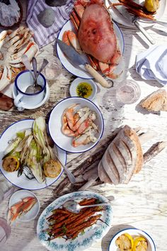 summer crab feast | via: cannelle et vanille