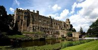Warwick Castle as seen from across the RiverAvon, Warwickshire. Cool Places To Visit, Places To Travel, Motte And Bailey Castle, Arundel Castle, Warwick Castle, Castles In England, English Castles, Fairytale Castle, Win A Trip