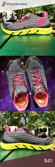 Under Armour running shoes Under Armour storm women's running shoes. Worn only a few times with very little wear on the tread. These shoes are super cute and comfy! #underarmour #underarmourshoes #runningshoes #runningshoes8 Under Armour Shoes Sneakers