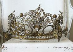 Antique French Crown with Movable Flowers Royal Crowns, Royal Tiaras, Crown Royal, Tiaras And Crowns, Victorian Jewelry, Antique Jewelry, Mother Jewelry, Tiara Hairstyles, Crown Jewels
