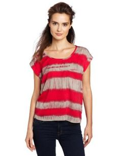 $82.00, Lilla P Women's Printed Woven Scoop Neck Top with Pocket