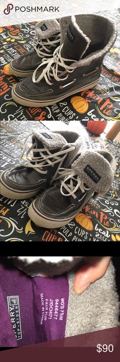 HIGH TOP FALL SPERRYS EXCLUSIVE 💜 Grey high top Sperrys with purple accents. I mainly wore them folded down, but they can be worn as high tops as well. The inside is a sweater-ish texture, not furry. Worn only a few times, because I grew out of them fast. But they are in perfect condition, with no flaws! Perfect for fall 💜 Willing to negotiate price, but please only through the offer button. If you dont want to negotiate then you are always welcome to decline my offer back. Please don't…