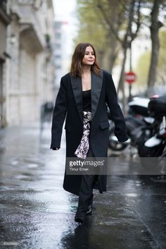 Christine Centenera seen in the streets of Paris during the Paris Fashion Week on September 28, 2017 in Paris, France.