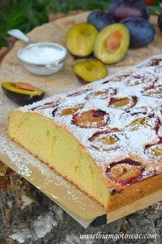 Ciasto ze śliwkami (Ciasto z owocami) Vanilla Cake, Camembert Cheese, Muffins, Cookies, Cupcake, Food, Sweet Recipes, Thermomix, Crack Crackers