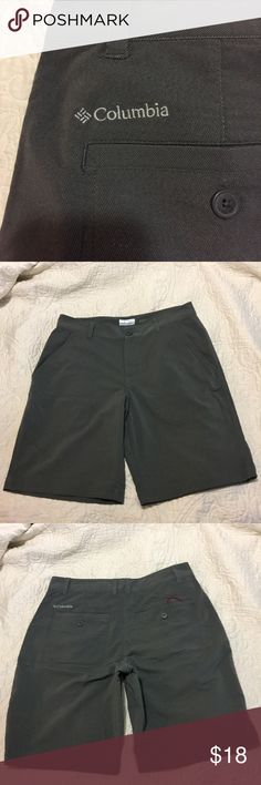 Men's Columbia Board-shorts SZ 32 These men's Omni Wick Columbia swim shorts are in EXCELLENT condition. Size 32/42. Gray in color. Lightweight and soft! Columbia Shorts