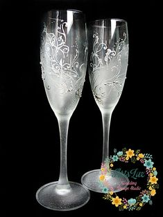 Frosty Wedding champagne Glasses hand painted Wedding by ArtsLux Wedding Flutes, Wedding Glasses, Champagne Glasses, Wedding Champagne, Wedding Ceremony, Decorated Wine Glasses, Painted Wine Glasses, Winter Wedding Favors, Wedding Gifts