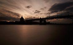 Garonne et canaux. Le Pont St-Pierre, à Toulouse. ©P. Nin - Ville de Toulouse. #visiteztoulouse #toulouse