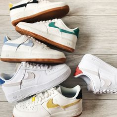 Shop Women's Nike Cream Black size 7 Sneakers at a discounted price at Poshmark. Sneakers Fashion, Shoes Sneakers, Swag Shoes, Nike Shoes Air Force, Aesthetic Shoes, Hype Shoes, Mode Streetwear, Dream Shoes, Converse