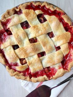 raspberry rhubarb pie...yumm rhubarb pie is one of my favs...will have to try this recipe in April after my paleo diet month is over