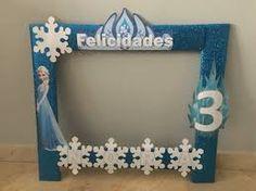 Resultado de imagen para frozen cuadro para fotos Disney Frozen Party, Frozen Games, Frozen Birthday Theme, Frozen Theme, Birthday Parties, Birthday Ideas, Frozen Elsa And Anna, Frozen Princess, Frozen Decorations