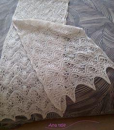 Estola de encaje tejida a dos agujas con alpaca y seda