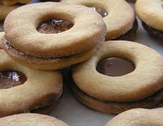 Come fare biscotti occhio di bue ripieni