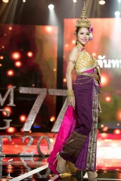 The majority of people only see national pageant costumes during the Miss Universe and Miss World competitions. But many pageants in the Asian culture have a national costume portion as part of their pageants. Miss Grand Thailand 2016 happened recently and the national costumes were absolutely stunning! Let's take a look at our picks for the top five spectacular designs from the night.