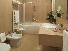 Modern simple bathroom interior decorating before and after interior designs bathroom design Small Bathroom Colors, Bathroom Color Schemes, Simple Bathroom, Modern Bathroom Design, Bathroom Interior Design, Bathroom Ideas, Beige Bathroom, Serene Bathroom, Glamorous Bathroom