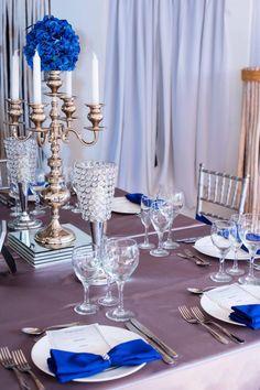 Guest table decoration| Navy blue| Candelabrum centerpieces| Venue Kukua Punta Cana| Design Begokua