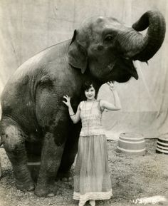 maudelynn:  Alberta Vaughn and a friend c.1925