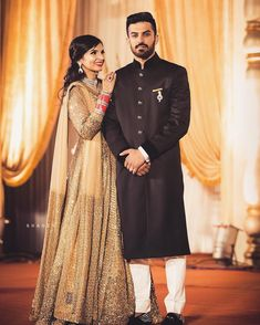 Best Wedding Photographers - Photographers in Pakistan - Pack Cheers Golden Lehenga, Red Lehenga, Indian Bridal Lehenga, Wedding Trends, Wedding Tips, Wedding Couples, Destination Wedding Decor, Groom Wear, Best Wedding Photographers