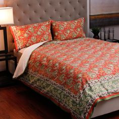 @Overstock.com - This hand-block printed blossoms flower duvet cover set is made of 100-percent cotton. In beautiful hues of orange and gold, this king-size bedding set will update the style of any bedroom.http://www.overstock.com/Worldstock-Fair-Trade/Cotton-Hand-block-printed-Flower-King-size-Duvet-Cover-Set-India/2993492/product.html?CID=214117 $87.29