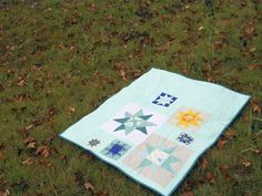 twinkle, twinkle quilt finished! by StitchedInColor, via Flickr