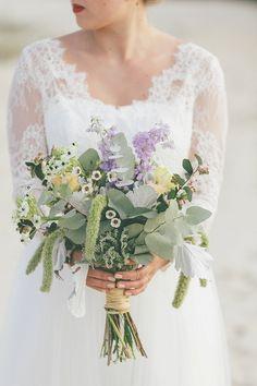 Light & Lace 2016: Lovely You Brautkleidkollektion   Hochzeitsblog - The Little Wedding Corner