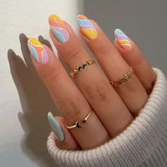 Nail Design Stiletto, Nail Design Glitter, Glitter Accent Nails, Best Acrylic Nails, Gel Nail Art, Nail Polish, Pretty Nails, Super Cute Nails, Jelly Nails