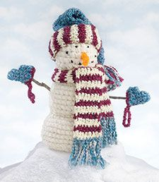 Adorable snowman to crochet...free pattern