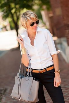 blouse (J.Crew), jeans (AG Jeans), loafers (C.Wonder), belt (C.Wonder), bag (Michael Kors), shades (Ray Ban), watch (Michael Kors), cuff (unknown), rings (Lagos, Anna Beck) It goes without saying that I love a good dose of color and print. It suits my personality and I just always tend to gravitate towards a more vibrant look. With …