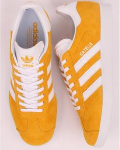 Adidas Gazelle Trainers Active Gold - Adidas At Casual Classics Adidas Gazelle Outfit, Adidas Gazelle Mens, Adidas Tubular Nova, Adidas Retro, Gold Adidas, Fresh Shoes, Suede Material, Sock Shoes, Sneakers Fashion