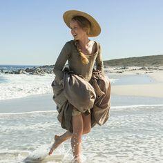 BTS with Lauren Lyle as Marsali Jane MacKimmie Fraser - Outlander_Starz Season 3 Voyager - Episode 311 Uncharted - November 26th, 2017